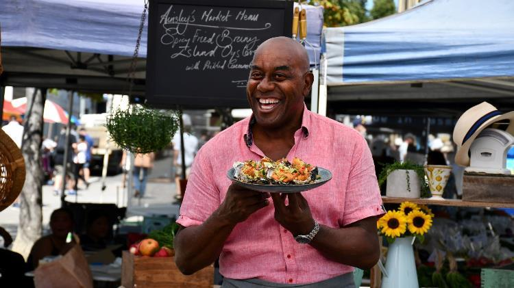 Ainsley-Harriott-020319-229-Large.jpg